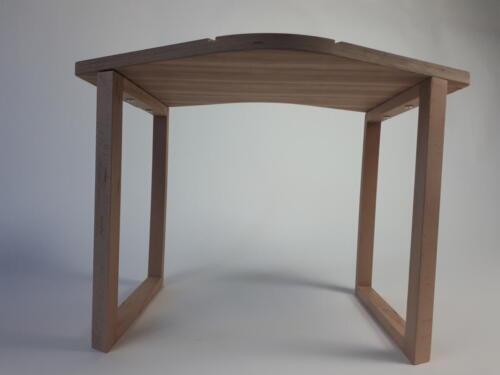 Le Cheile Table
